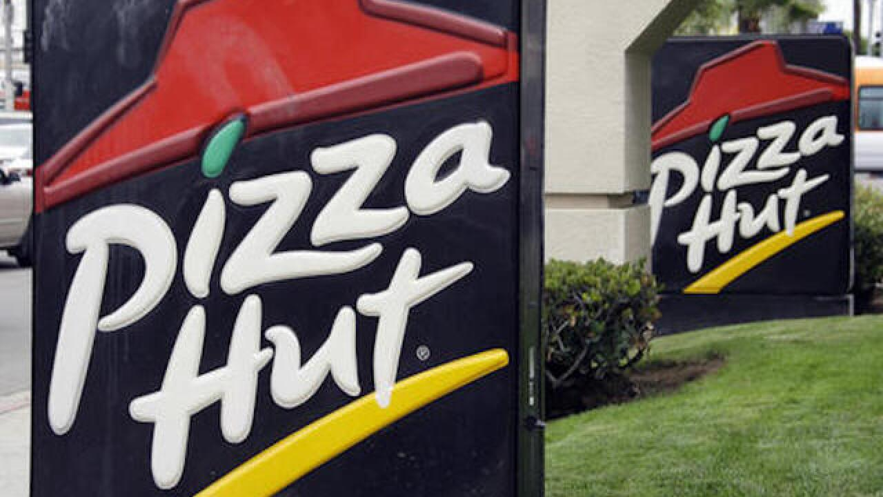 Pizza Hut to slice more artificial ingredients