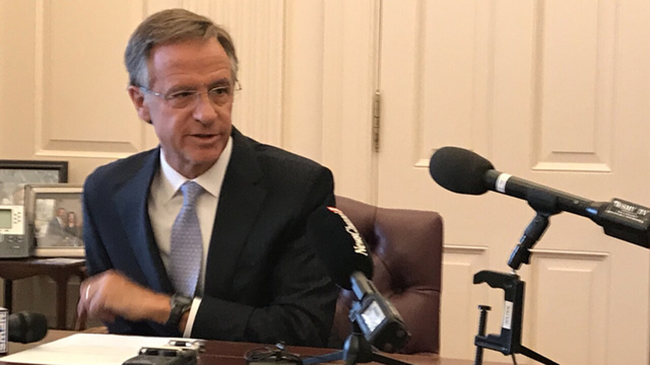 Sanctuary City Bill To Become Law Without Haslam's Signature