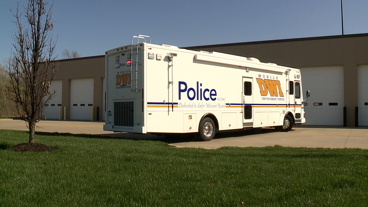 KCPD Mobile DWI Enforcement Center