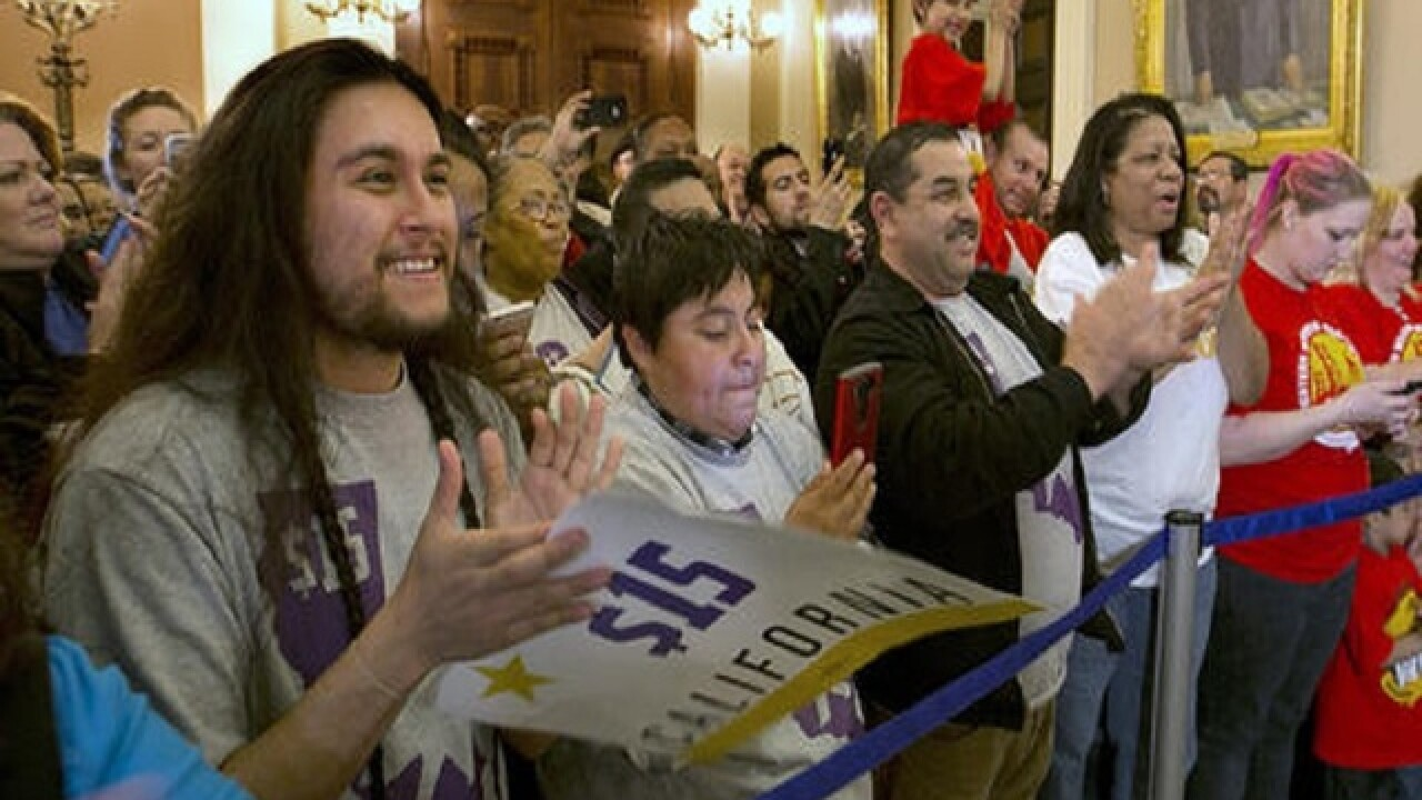 Calif., N.Y. poised to raise minimum wage to $15