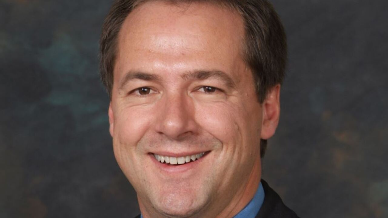 Gov. Bullock files in New Hampshire Democratic presidential primary