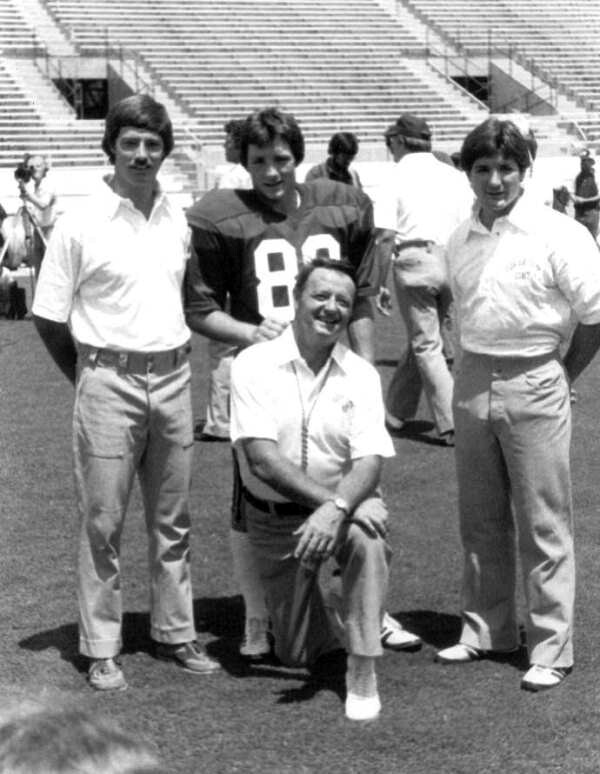 Florida State Seminoles head coach Bobby Bowden with sons Tommy, Jeff and Terry in 1982