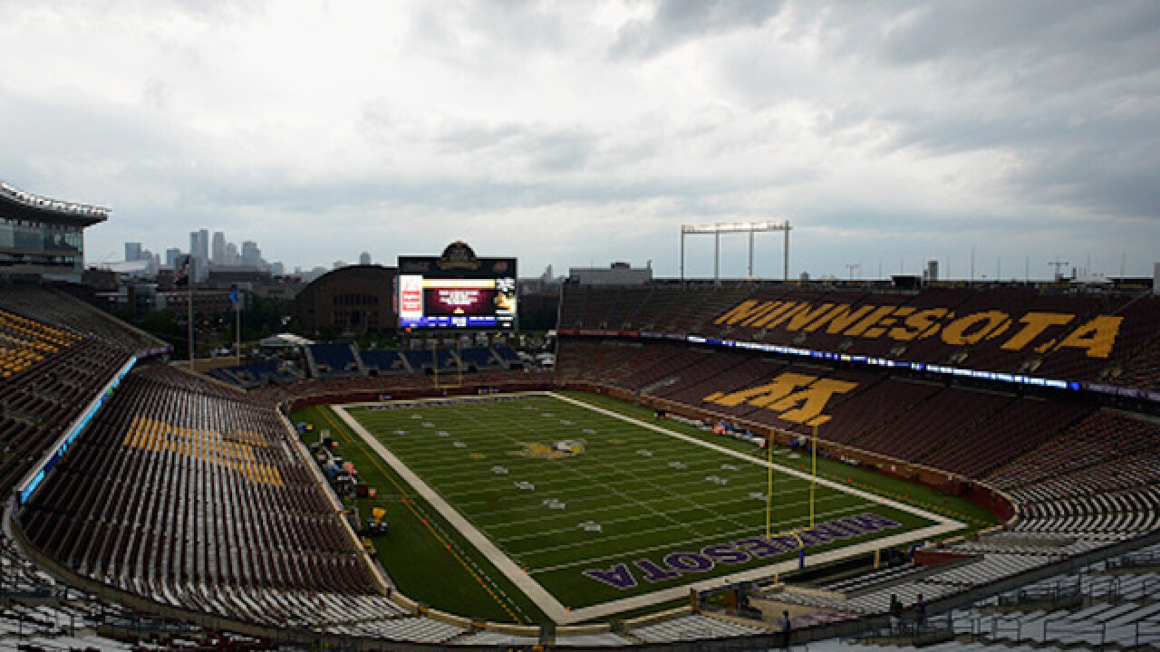 Minnesota football team threatens to boycott Holiday Bowl