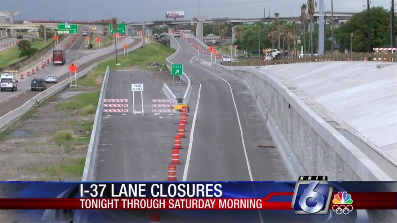 Lane closures overnight with Harbor Bridge construction