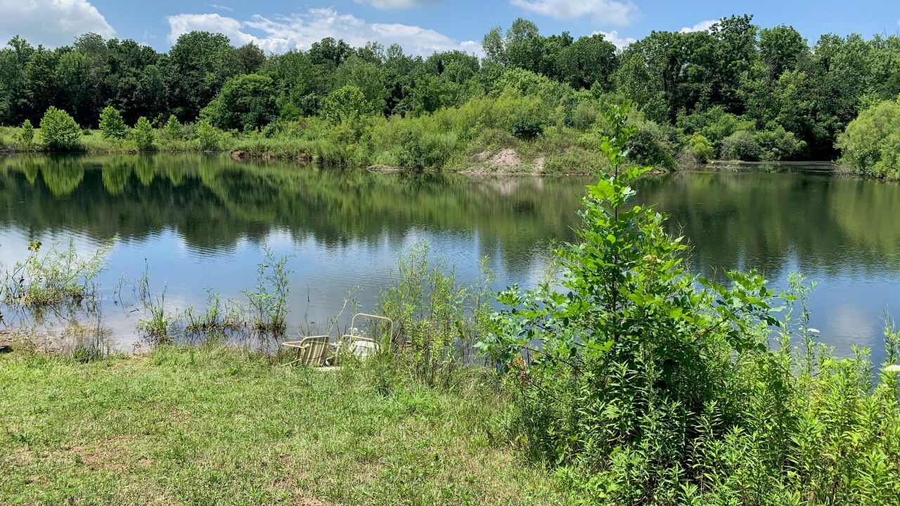 5-year-old dies, 3-year-old critical after falling into pond