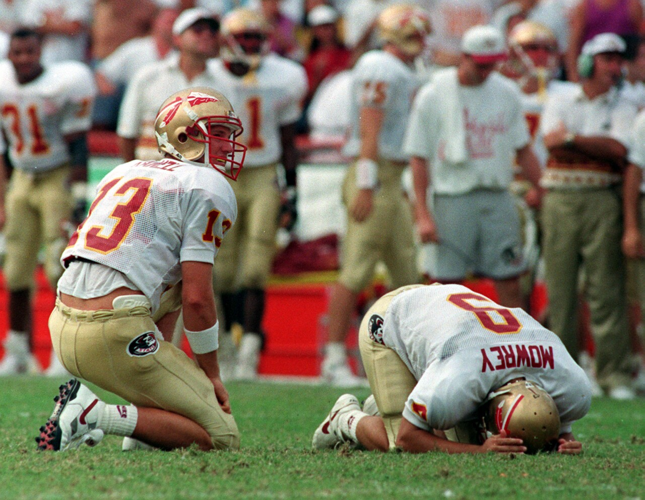Dan Mowrey reacts after missing field goal 'Wide Right II' against Miami Hurricanes in 1992