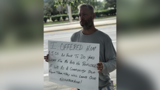 Bradenton man fed up with aggressive panhandlers, warning drivers, community
