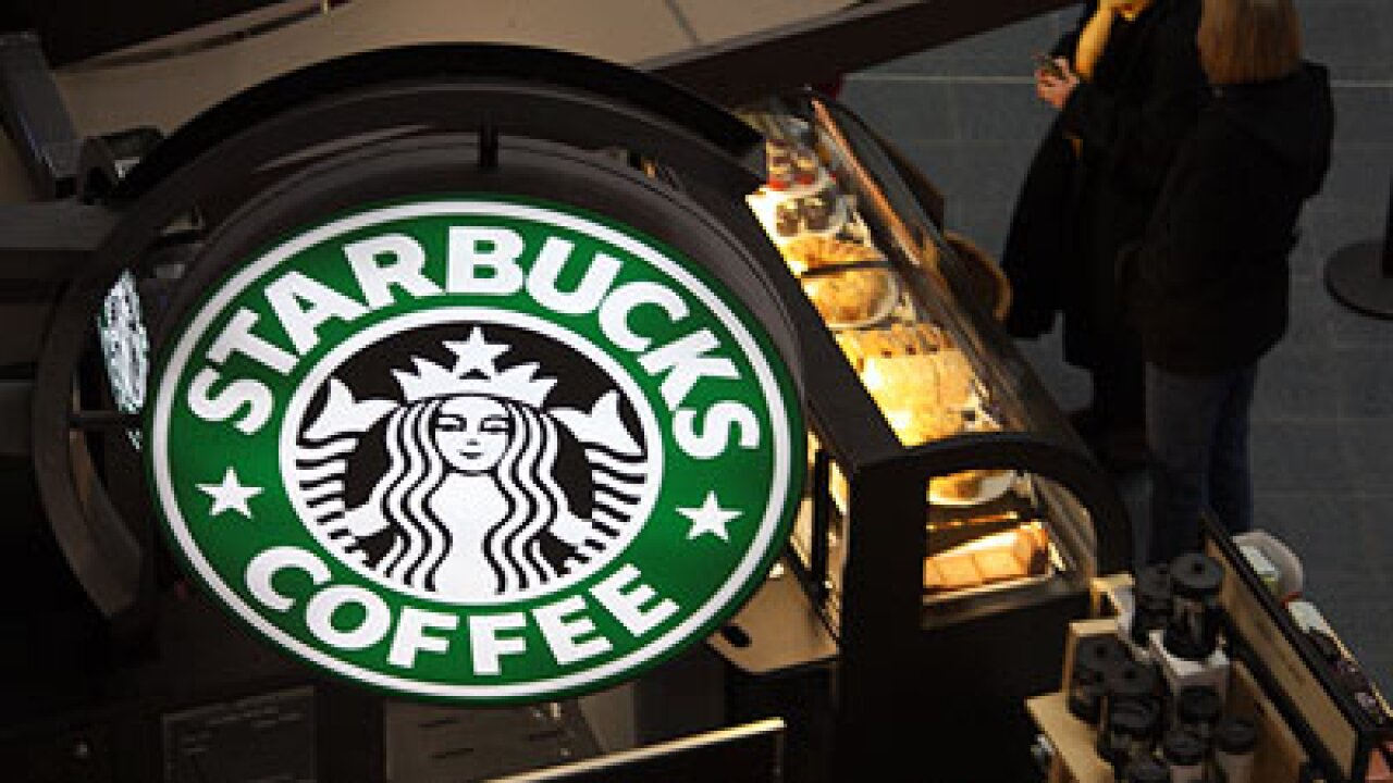 Starbucks in mobile payment deal with Square