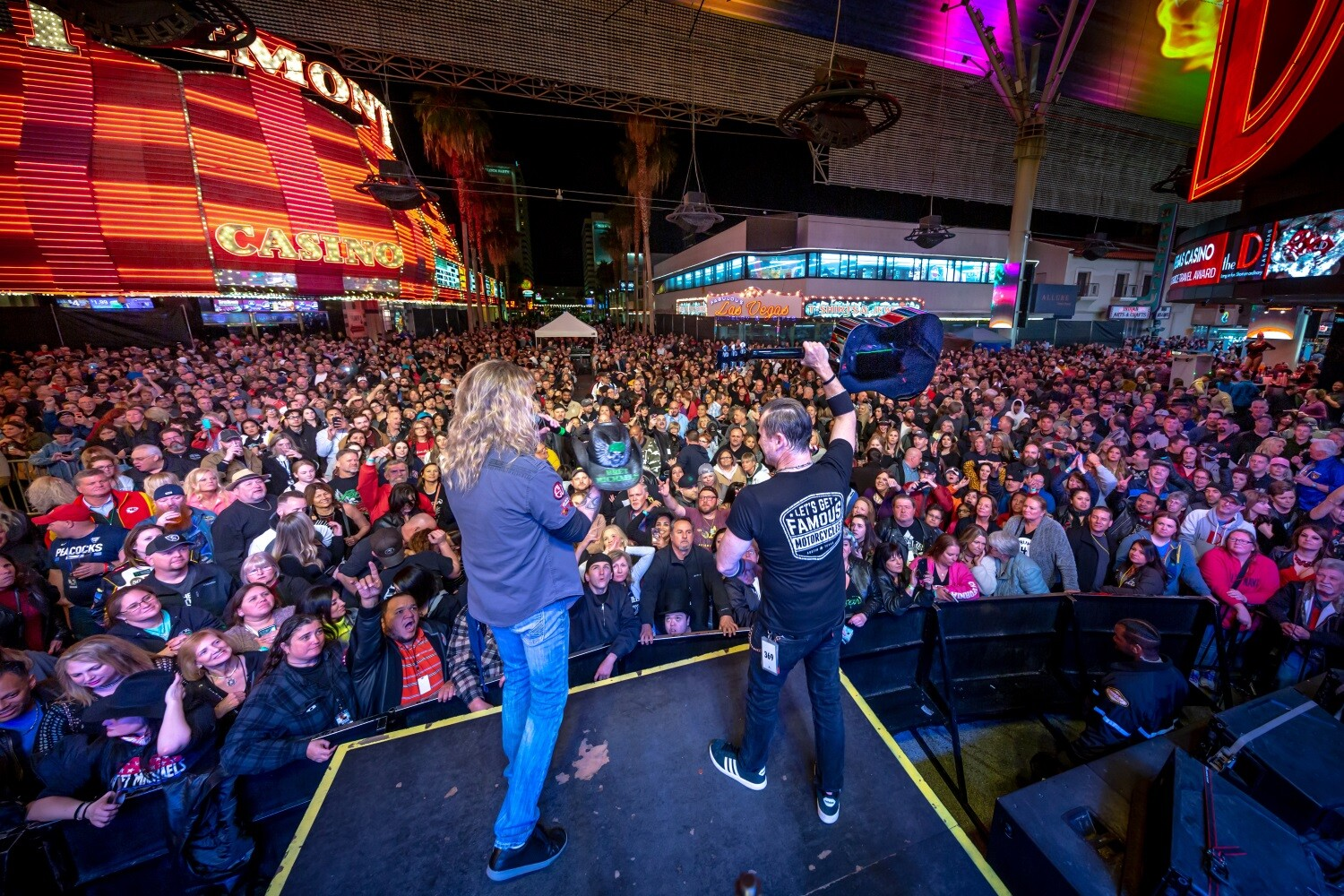 Fans rock out as Bret Michaels delivers high-powered performance at Fremont Street Experience, 2.22.20.jpg