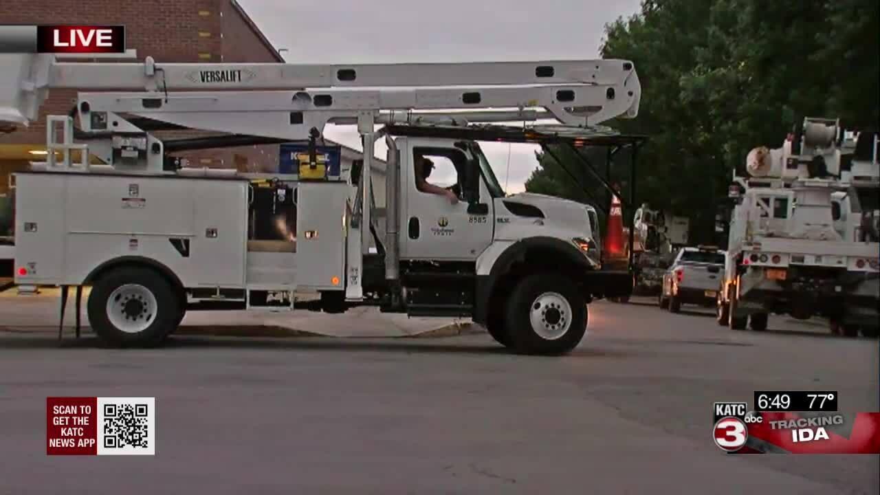 utility crews at Cajundome