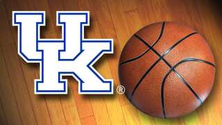 HALFTIME: Kentucky Trails Ole Miss 39-38