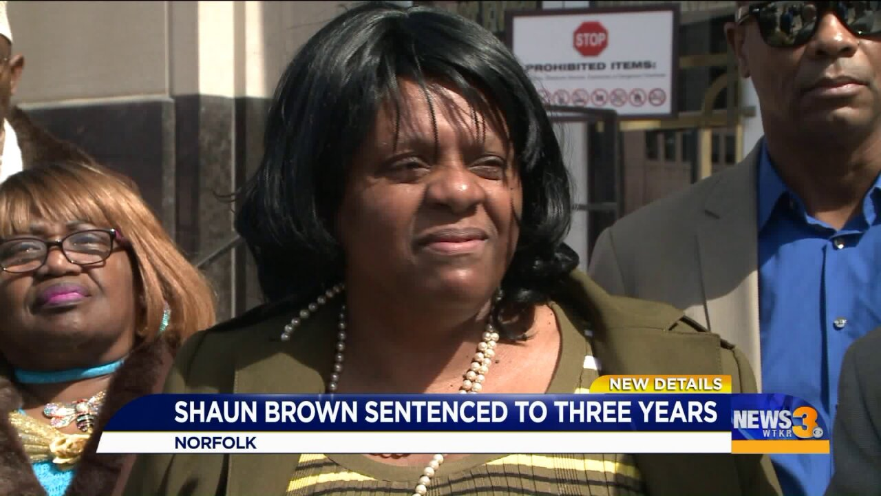 Former Virginia congressional candidate sentenced to 3 years for stealing from summer foodprogram