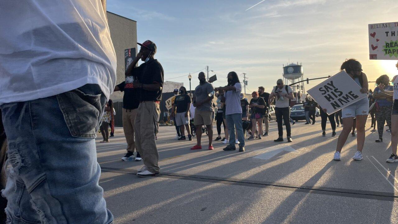 Andrew Brown protest in Elizabeth City (April 27) 4.jpg