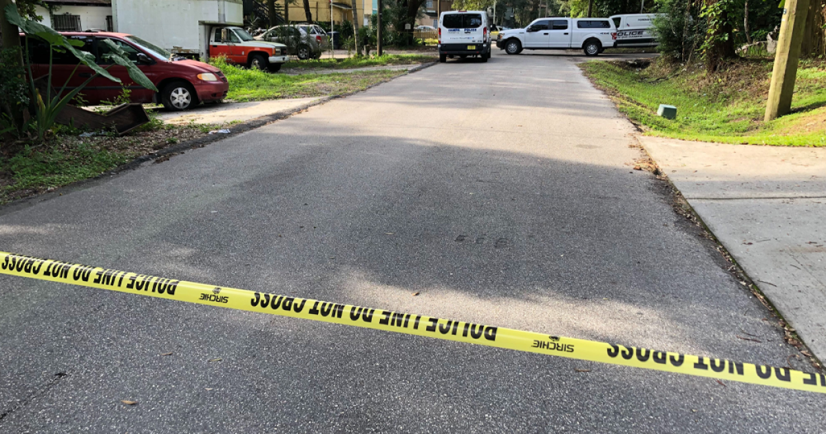 3 injured, 2 suspects wanted in Tampa shooting