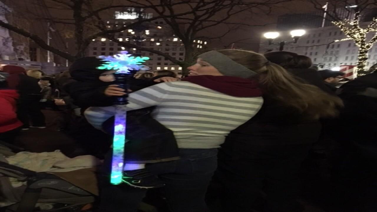 PHOTOS: Circle of Lights 2016