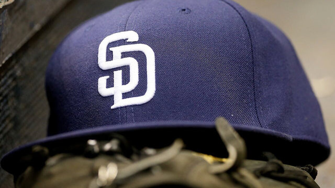 San Diego Padres to play Los Angeles Dodgers in 3-game series in Mexico in 2018