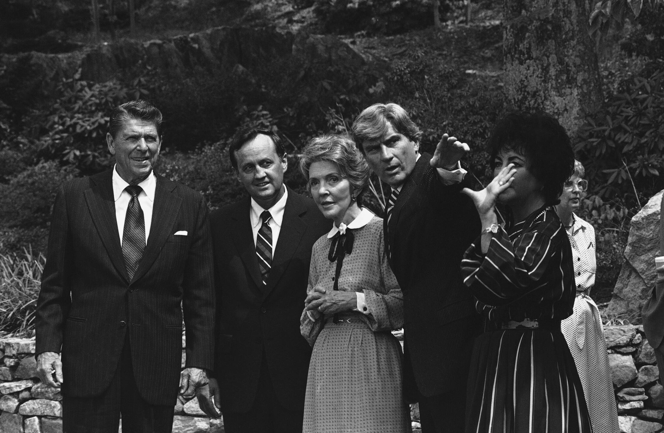 John Warner, Elizabeth Taylor Warner, Ronald Reagan, Nancy Reagan