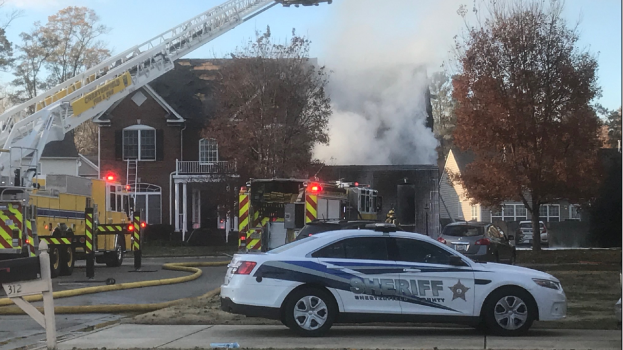 9 people displaced after two-alarm Chesterfieldfire