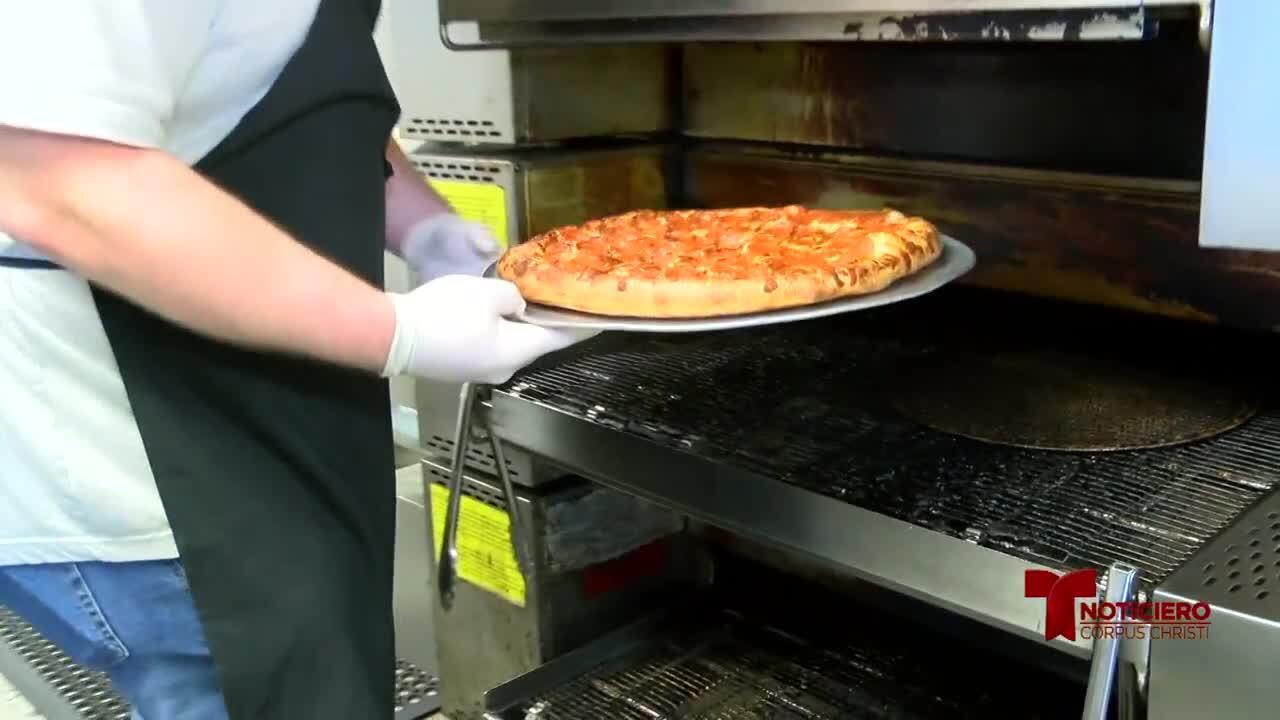 B&J's Pizza 0513.jpg