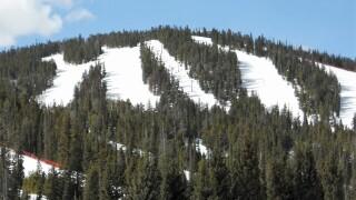Man dies in ski accident at Eldora resort