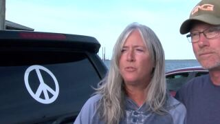 Port Aransas man inspires postivity with peace sign stickers