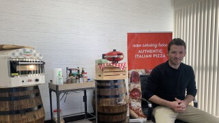 Donna Italia offering frozen pizzas to the public for the first time