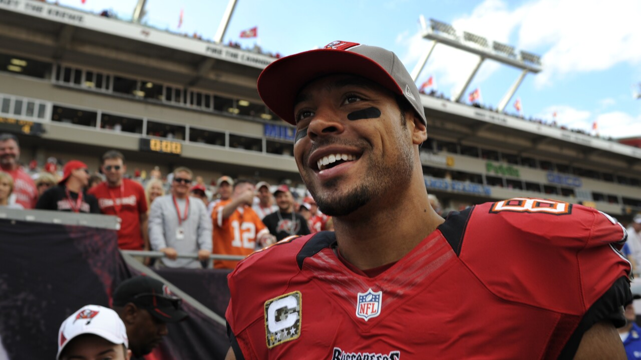 Former NFL WR Vincent Jackson Found Dead in Florida Hotel Room at Age 38