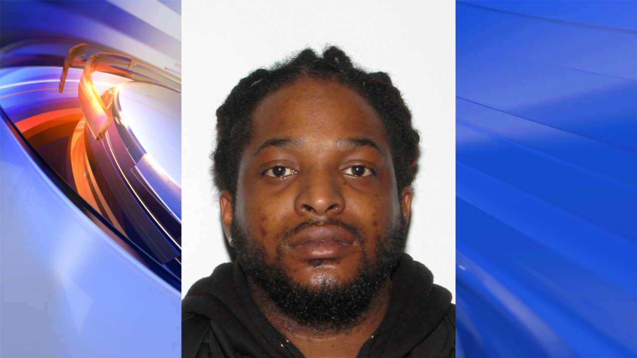 Police searching for suspect after Newport News man killed in shooting