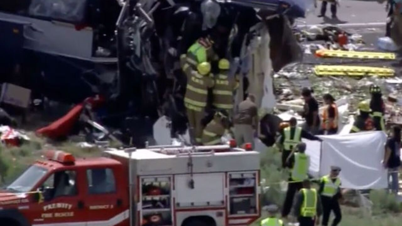 Multiple people killed in bus crash on I-40