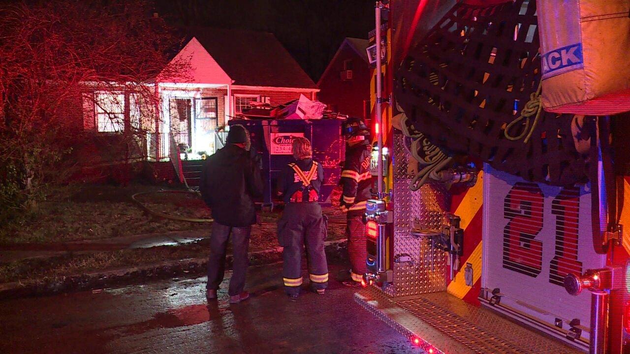 Firefighter injured in Bellemeade housefire