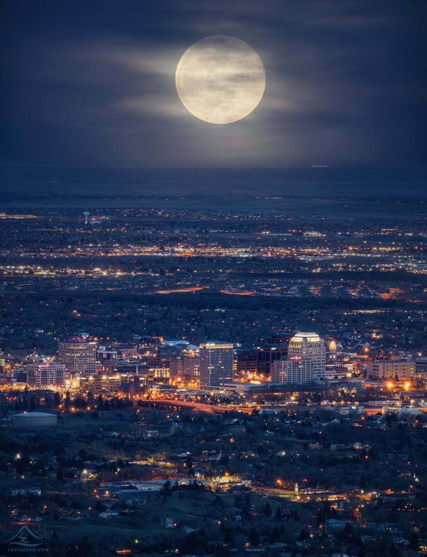 lars leber super pink moon 2021