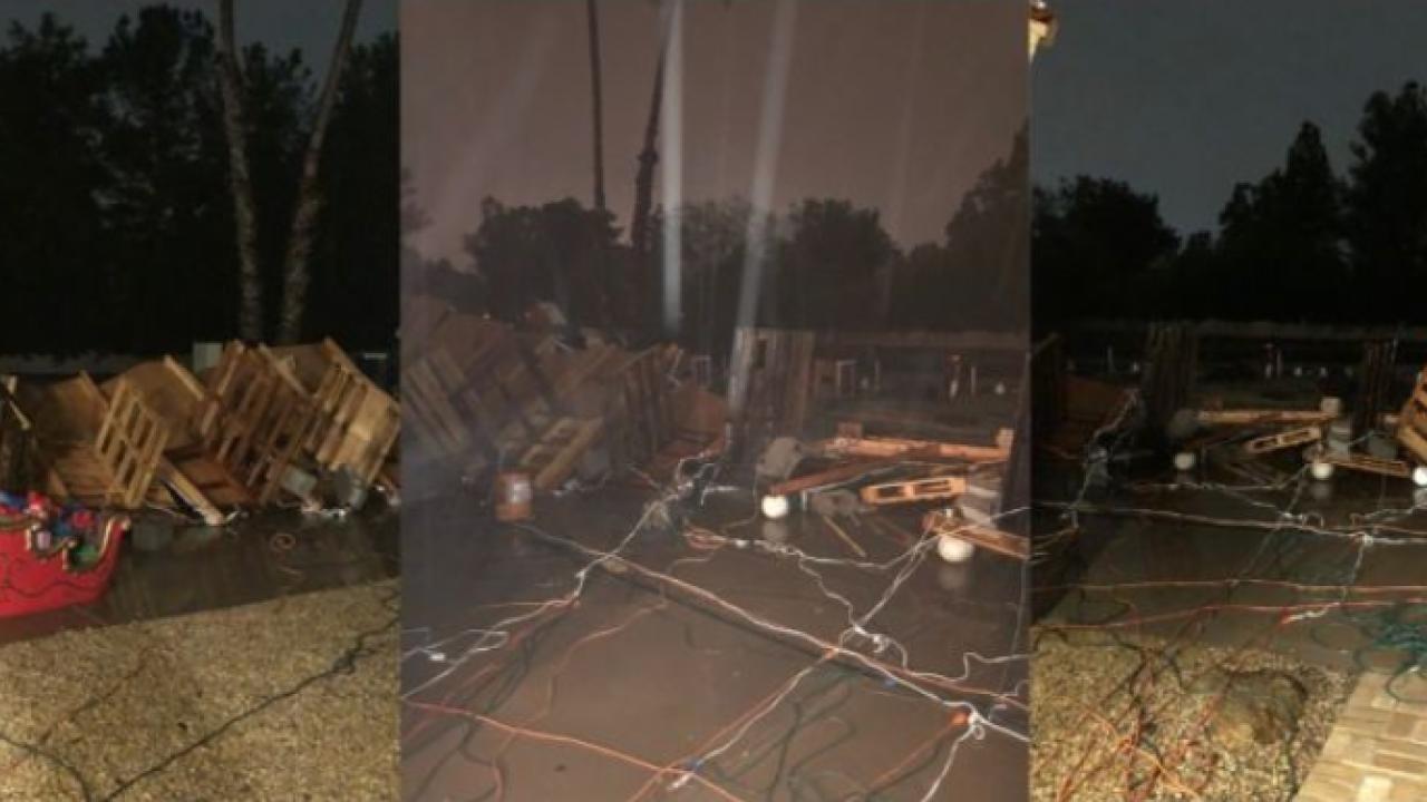 storm destroys Christmas display.PNG