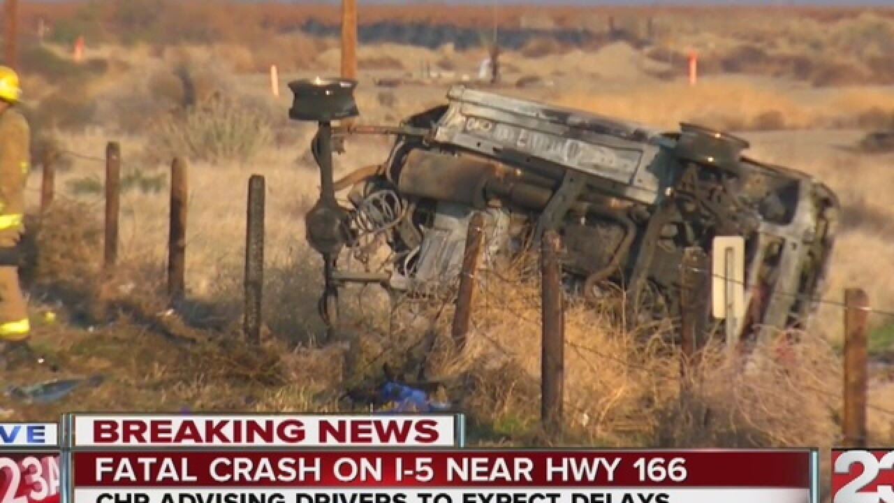 Oregon toddler, man identified in deadly I-5 crash south of Bakersfield