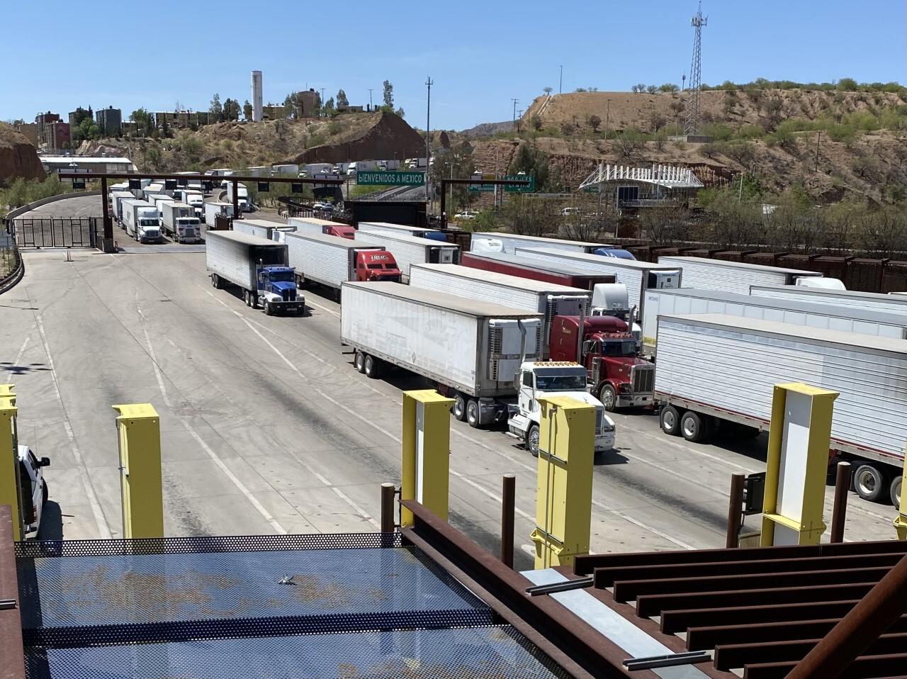 Trucks entering Mariposa Port