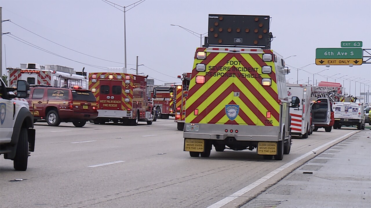 I-95 lanes reopen after semi truck crash in Lake Worth