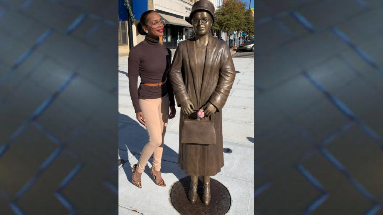 FAMU professor serves as model for Rosa Parks sculpture in Alabama.png