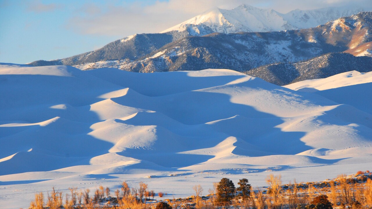 Snow on the Great Sand Dunes National Park and Preserve in Winter (15).jpg