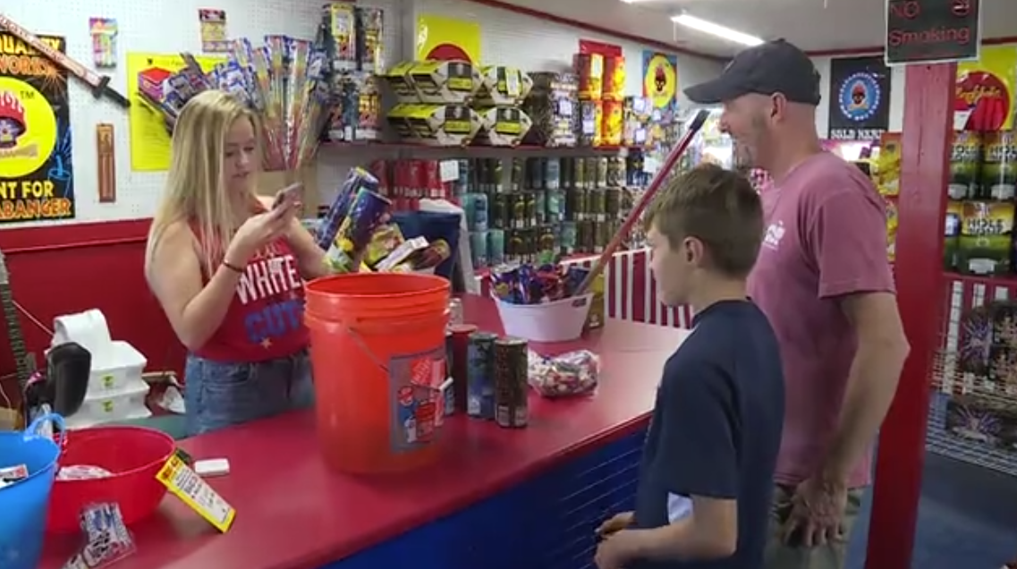 Fireworks stand 05.png