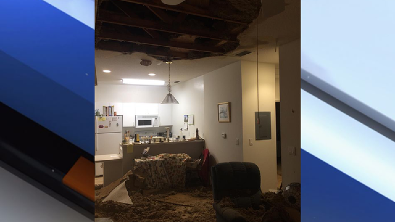 Ceiling collapse displaces 7 Sun City residents