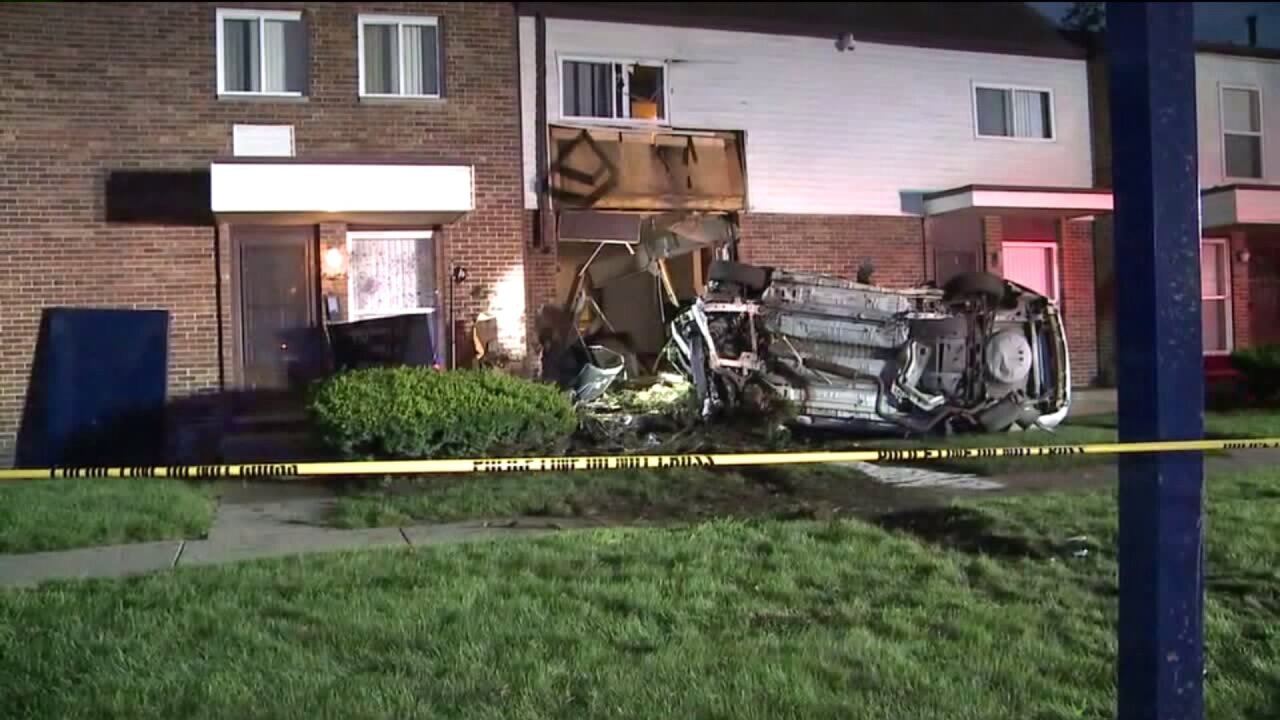 Car hits building near 48th and Potter Street Kentwood