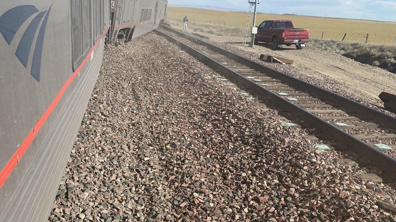 train derail 4.jpg