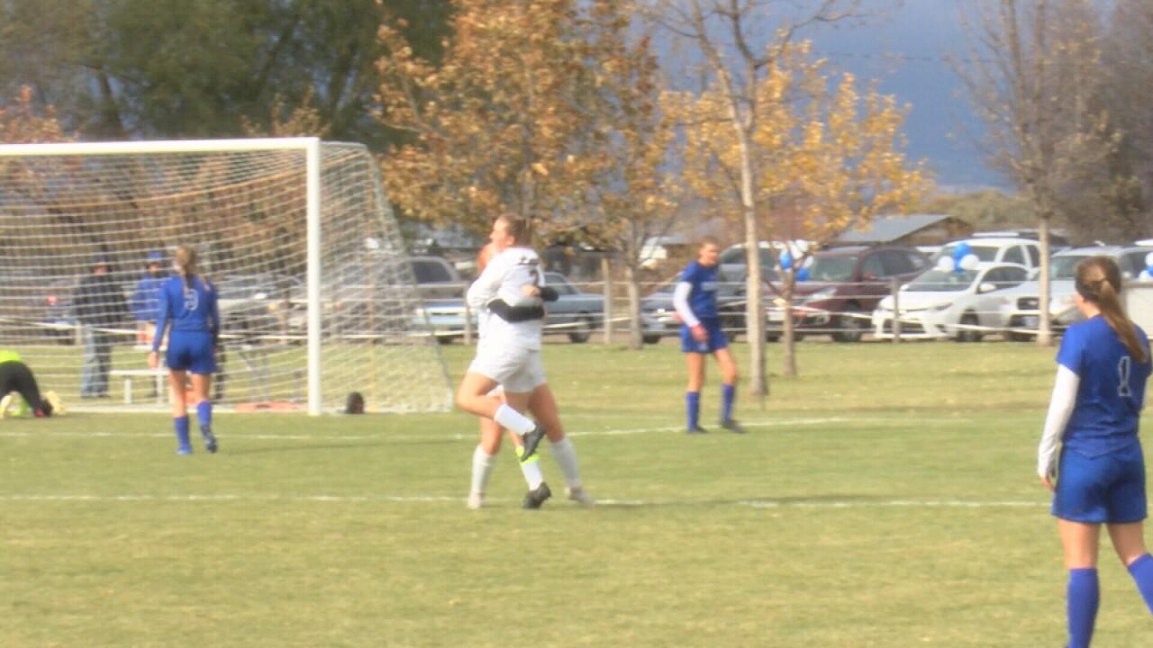 Laurel girls soccer