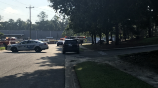 Multiple people stabbed in Tallahassee, suspect in custody, policy say