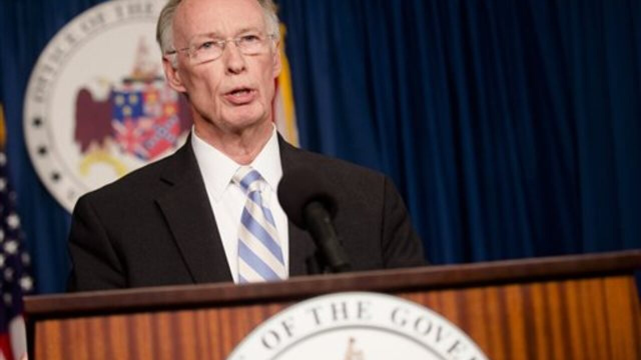 Top aide to Alabama gov. resigns amid scandal