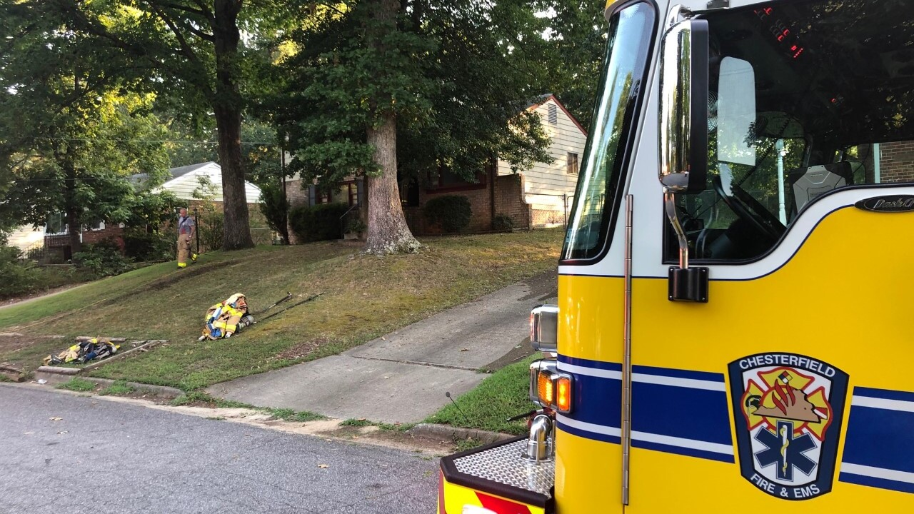 Fire in Chesterfield home's kitchen sends 2 tohospital