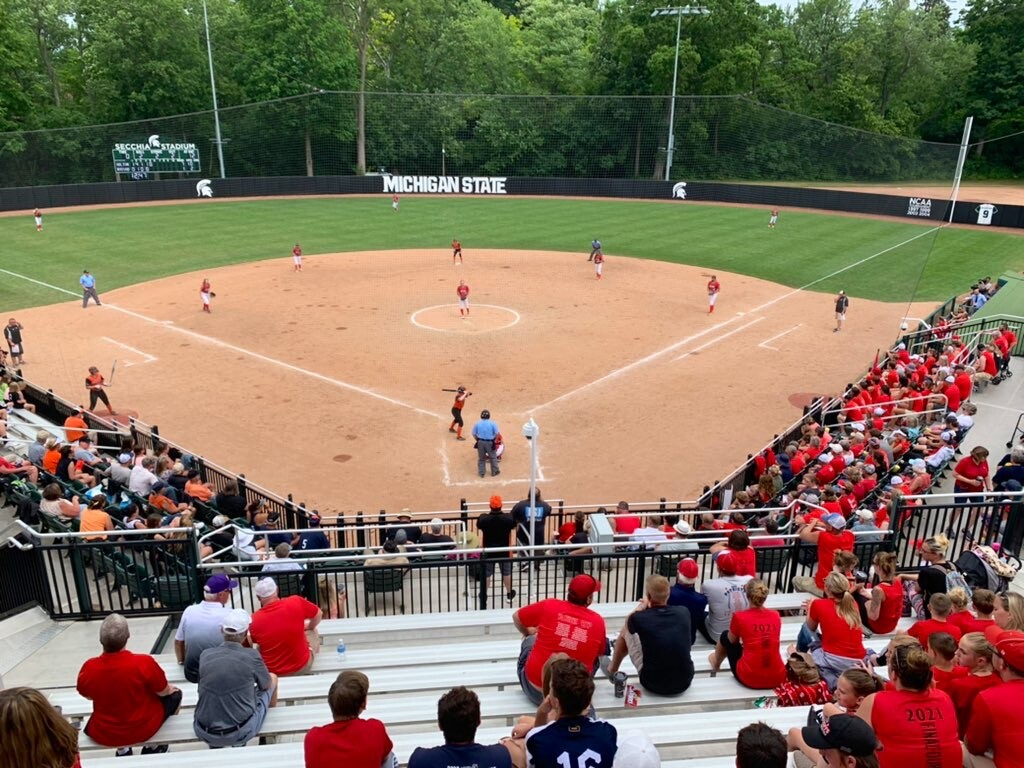 Holton takes on Rudyard in state semifinal