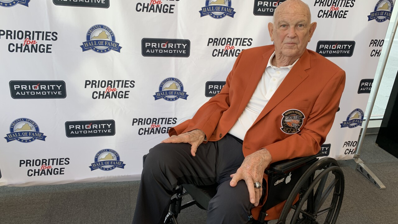Lauding Lefty: Virginia Sports Hall of Fame celebrates hoops legend LeftyDriesell