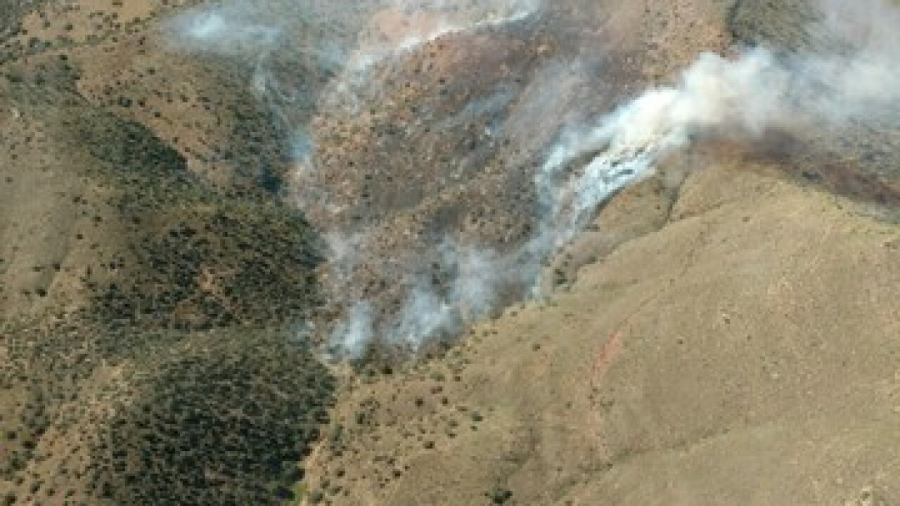 Brush fire threatens Cochise County homes