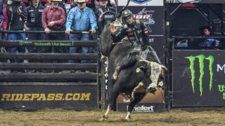 Derek Kolbaba wins 2019 PBR Canada Iron Cowboy