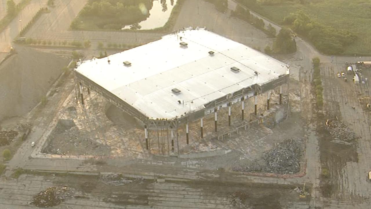 Palace of Auburn Hills skeleton ahead of implosion